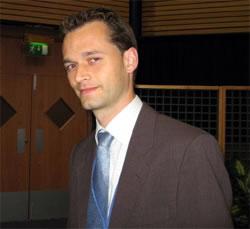 Dr Jo Nijs